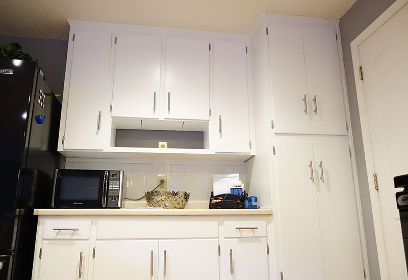 3 Things Professionals Know About Repainting Kitchen Cabinets Elite Painting Kc